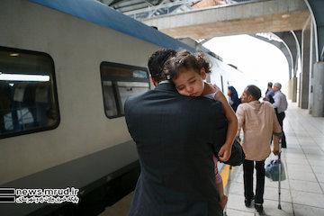 آغاز پیش فروش بلیت قطارهای مسافری به صورت اینترنتی و حضوری در سراسر کشور