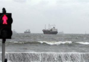 منع تردد شناورهای غیر مجاز در بنادر هرمزگان
