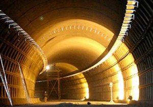 تونل البرز به عنوان طولانیترین تونل راهی و آزادراهی کشور، زیر عبور میرود